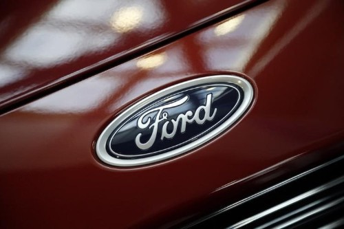 Ford starts export production of 2015 Edge at Canada plant