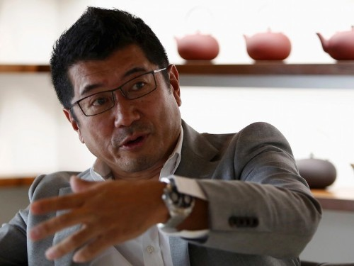 A legendary high-end Japanese car designer has a big warning about Google and Apple