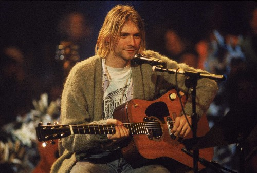 A sweater worn by Kurt Cobain on MTV is up for auction - Business Insider