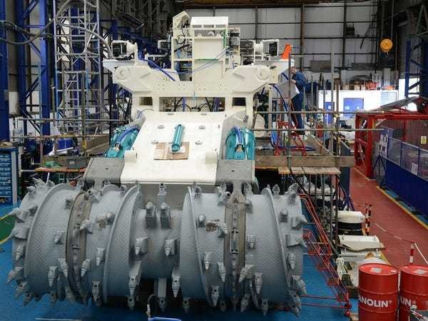 These giant robots will mine the ocean floor for gold, silver, and copper - Business Insider