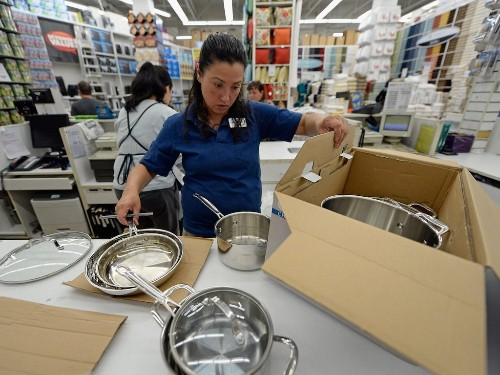 Bed Bath & Beyond explodes by more than 25% after activist investors attack (BBBY)
