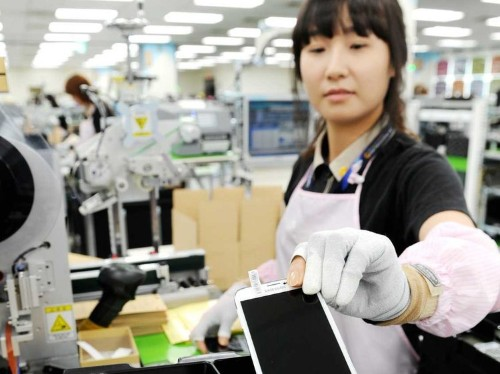 What It's Like Inside The Factory Where Samsung Builds Your Galaxy Phone
