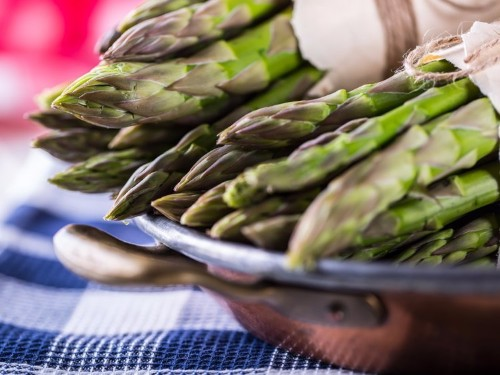 A new study linking asparagus to cancer is freaking people out — here's how concerned you should be