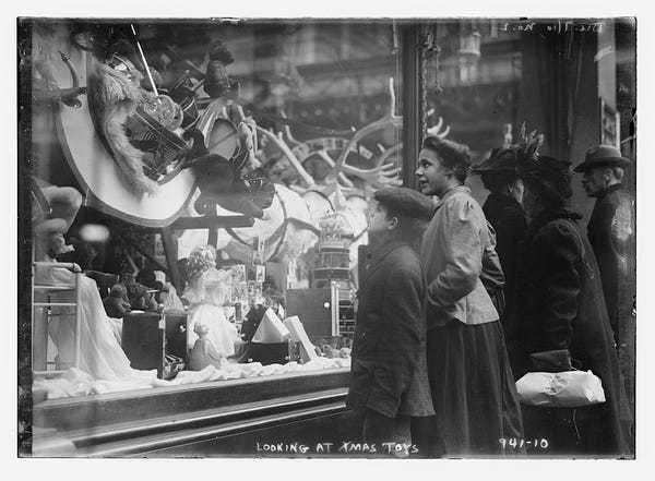 Vintage photos show NYC shopping 100 years ago - Business Insider