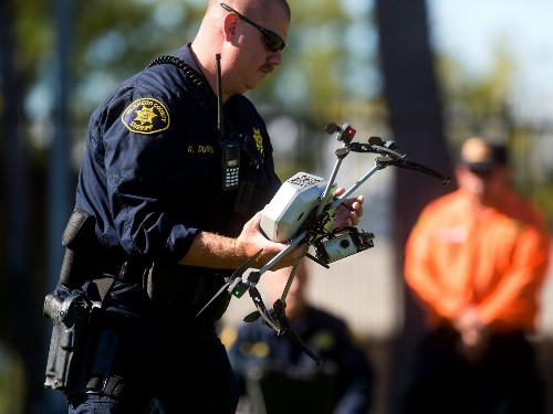 How police track people and catch criminals using tech surveillance - Business Insider