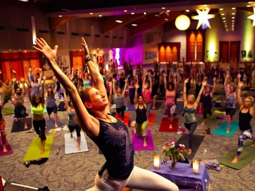 Lululemon is insanely popular — and that's terrible news for the brand