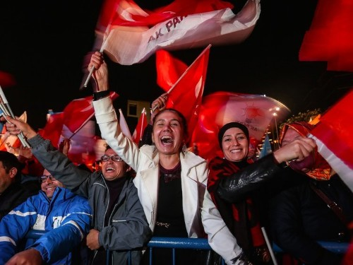 Turkey returns to single-party rule after surprise election sweep