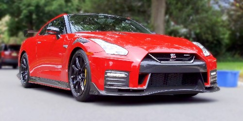 We spent a day driving the 2020 Nissan GT-R to see if it has the qualities of a good daily driver