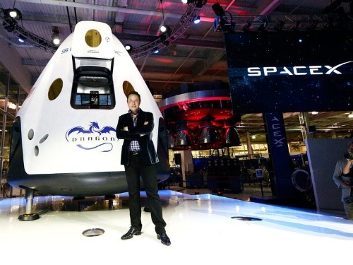 SpaceX is working on a 'pizza box' that should scare your internet company
