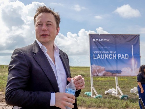 If SpaceX wants to claim a Texas neighborhood, a local group may help