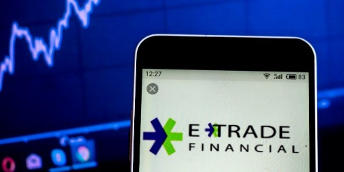 Morgan Stanley to buy online-brokerage giant E-Trade for $13 billion   Markets Insider