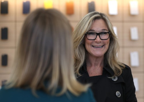 Former Apple retail chief Angela Ahrendts has joined Airbnb's board of directors