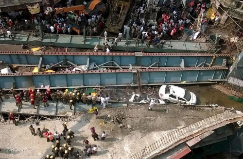 At least 14 dead after bridge collapses in bustling Indian city of Kolkata