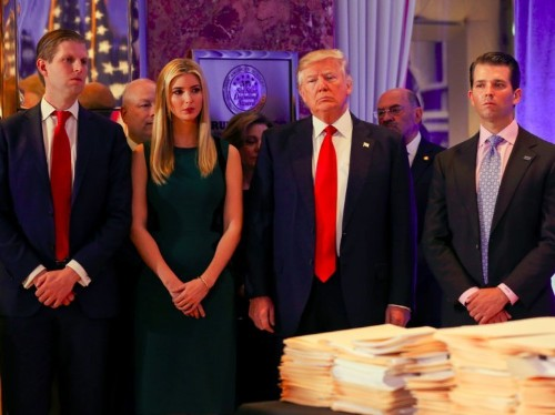 'There are 1,000 unanswered questions': Trump's conflict of interest problem hasn't gone away