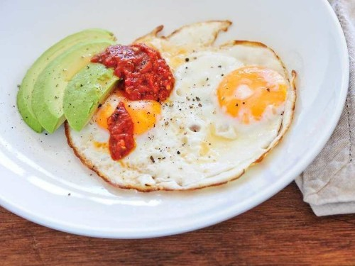 38 Nutrition Experts Reveal Their Favorite Things To Eat For Breakfast