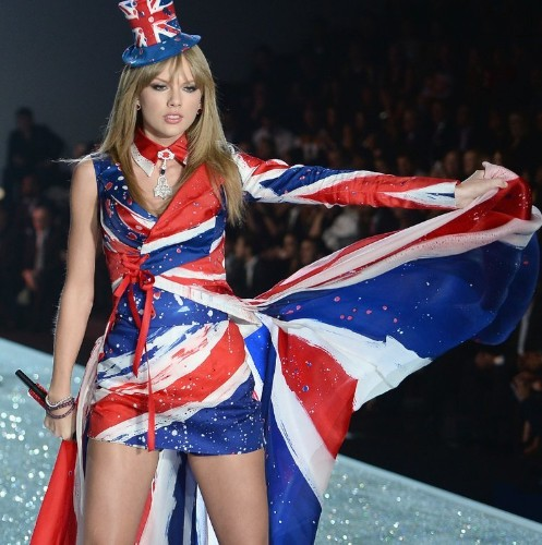 Why Taylor Swift's Outsized Role In the Victoria's Secret Fashion Show Was A Brilliant Move