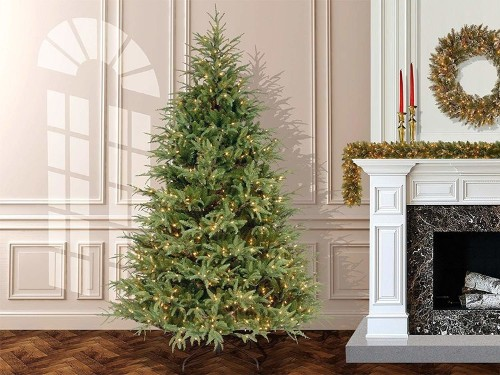 Save up to 50% on last-minute holiday decor on Amazon — and more of today's best deals from around the web