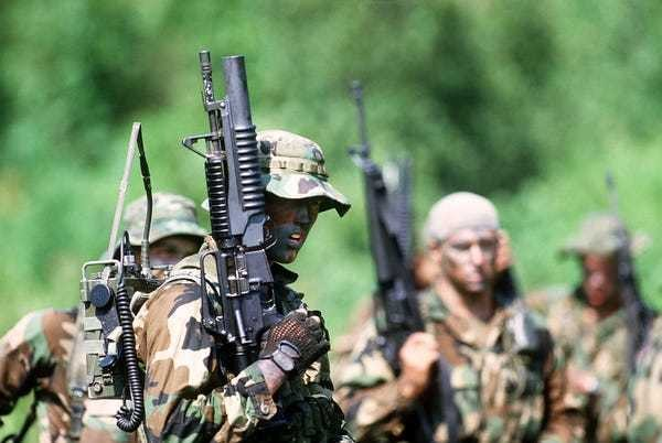 SEAL Team 6 uses tomahawks created by 'Last of the Mohicans' weapons master - Business Insider