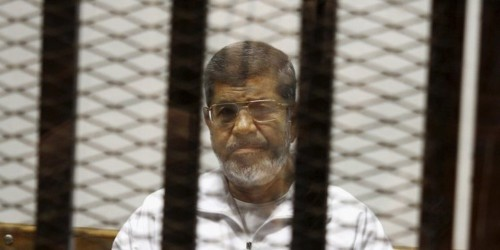 Egypt's Mohammed Morsi hastily buried 24h after abrupt courtroom death