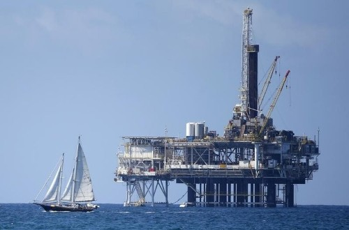 Oil prices fall as an Iran nuclear deal seems likely