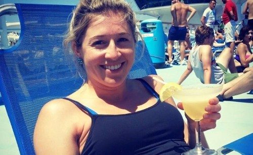 'Whinge less, people!': Life advice from a 27-year-old woman dying from cancer is going viral for all the right reasons