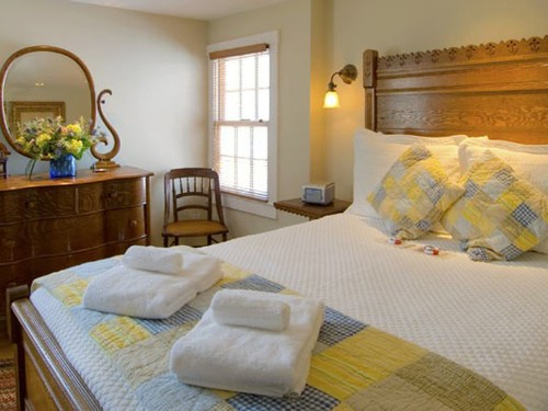 10 Charming American Bed & Breakfasts Around The US
