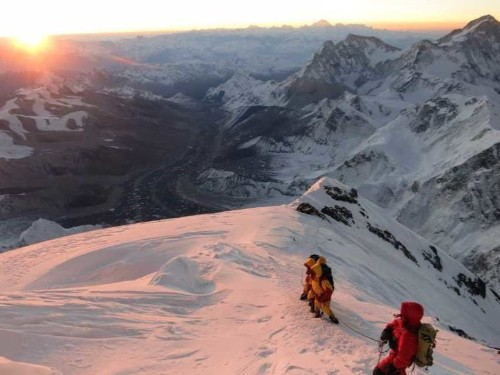 Here's what one man learned about success from climbing Mount Everest 7 times