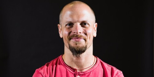 After interviewing hundreds of impressive people, Tim Ferriss realized the happiest among them had the same thing in common