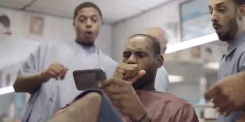 World Famous Samsung Endorser LeBron James Tweets That His Phone Had A Meltdown