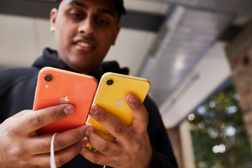 The smartphone market is in decline, and nothing is coming to save it