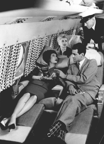 Vintage photos show what air travel looked like in every decade