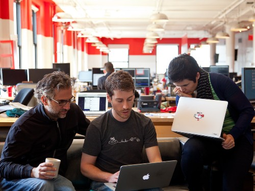 Why 100 Employees Might Be The Magic Staff Number For Startups - Business Insider