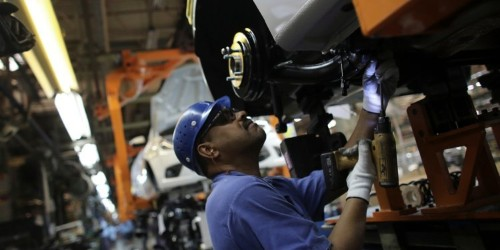 Ford plans to hire 450 new workers in Chicago to keep up with Americans' insatiable appetite for SUV's
