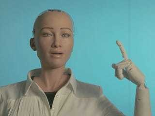 Sophia, the world's first-ever robot citizen, has a message for humanity this Thanksgiving - Business Insider