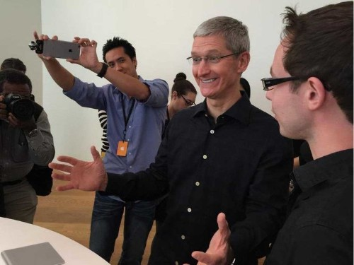 A new feature in the next iPhone software is going to shock people — it surprised even Apple's CEO