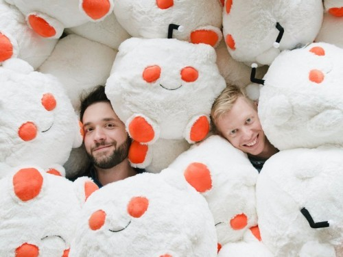 Reddit's cofounders sold the company at age 23 for a fraction of the $1.8 billion it's worth today — here's how the duo got back on top