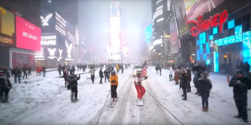 This guy used the blizzard as an opportunity to go snowboarding behind a Jeep through the empty streets of New York City