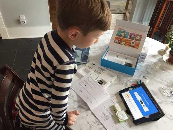 Makeblock STEM toys teach kids about robotics and programming - Business Insider