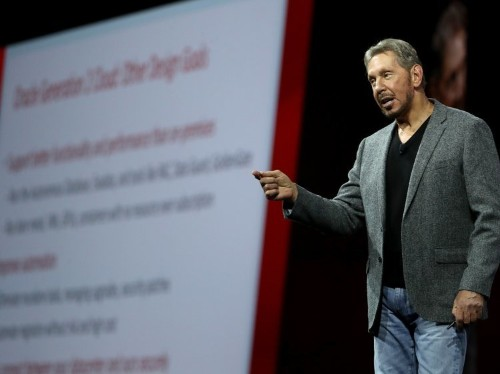 Oracle customers and partners on Amazon Web Services fight
