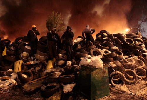 15 Apocalyptic Pictures From The Protests In Ukraine