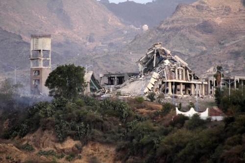 Intense Yemen bombing, Qaeda attack after UN peace call