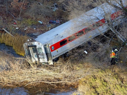The Passenger Train That Derailed In The Bronx Was Going 82 MPH In A 30 MPH Zone