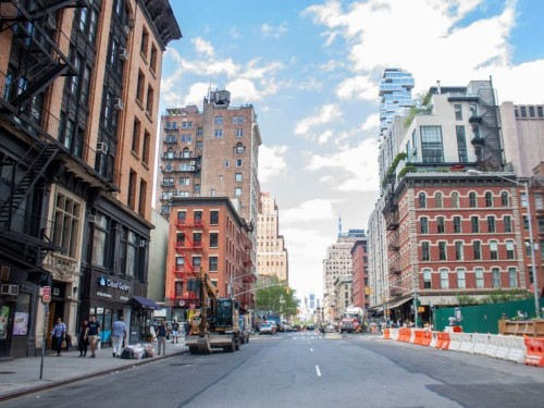 What it's like in NYC's richest zip code, where average income is $879K