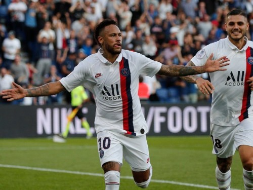 Neymar silences booing PSG fans with stunning overhead kick winner