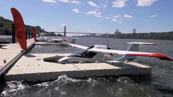 I overcome a major fear in my life with a flight on this awesome personal seaplane - Business Insider