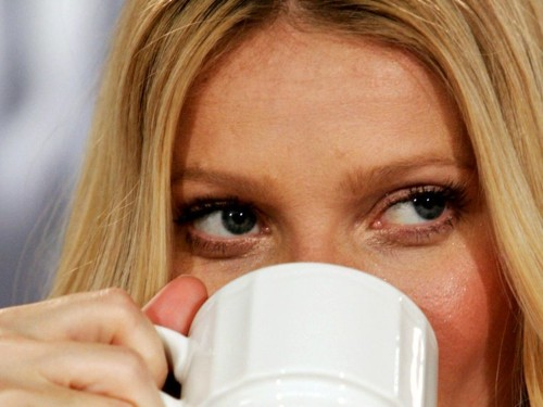 Never Hold A Hot Cup Of Coffee When You're Negotiating