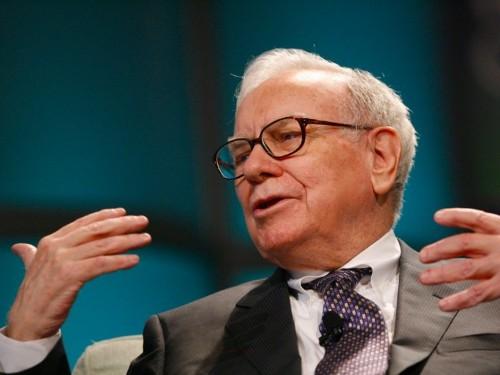 12 times Donald Trump disagreed with Warren Buffett