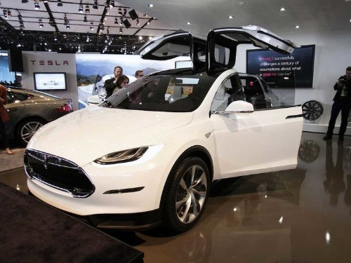 Tesla is finally building an SUV — and they want it to appeal to women