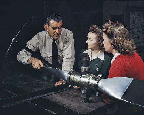 Amazing Color Photos Of America Preparing For World War II