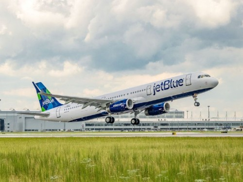 JetBlue customers angry after software outage causes delays